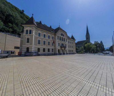 walking-street-of-Vaduz